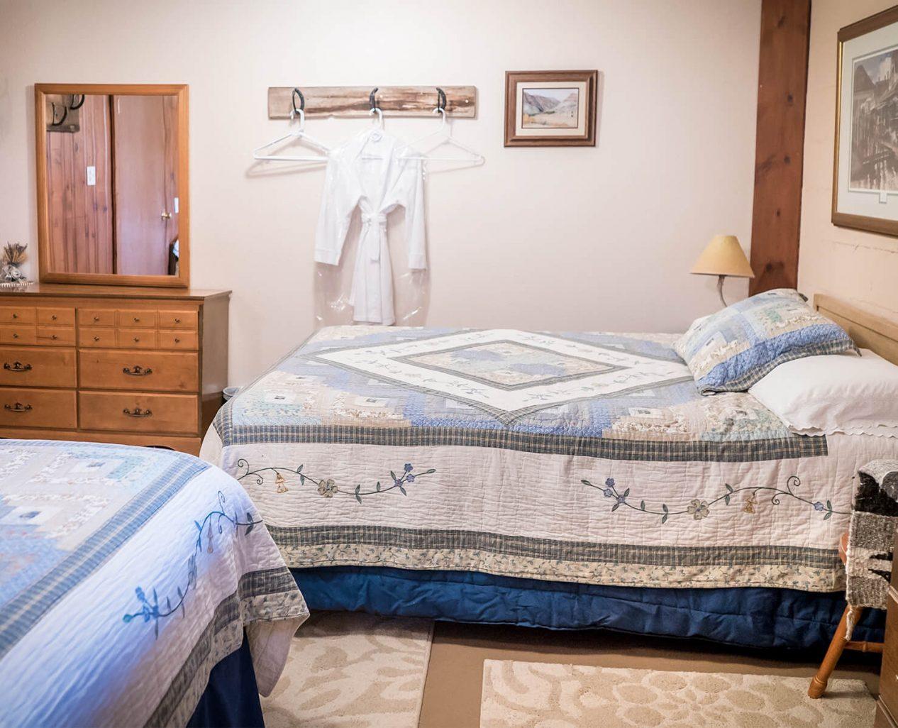 Buckhorn Room beds