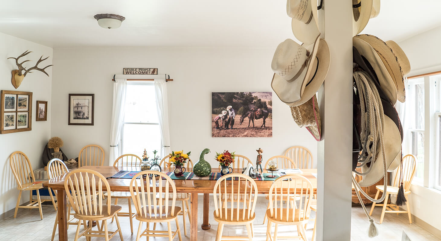 Wilson Ranches Retreat Dinning Room