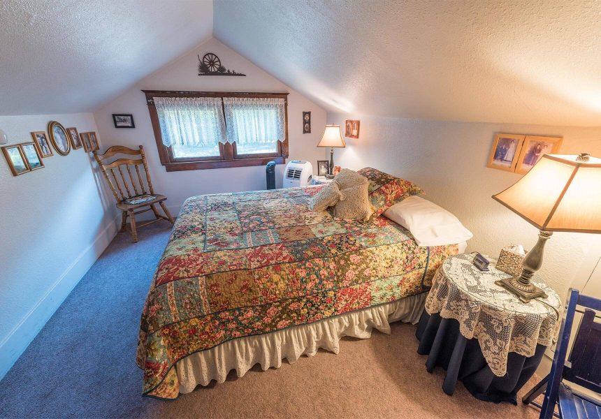 Pioneer Room Bed