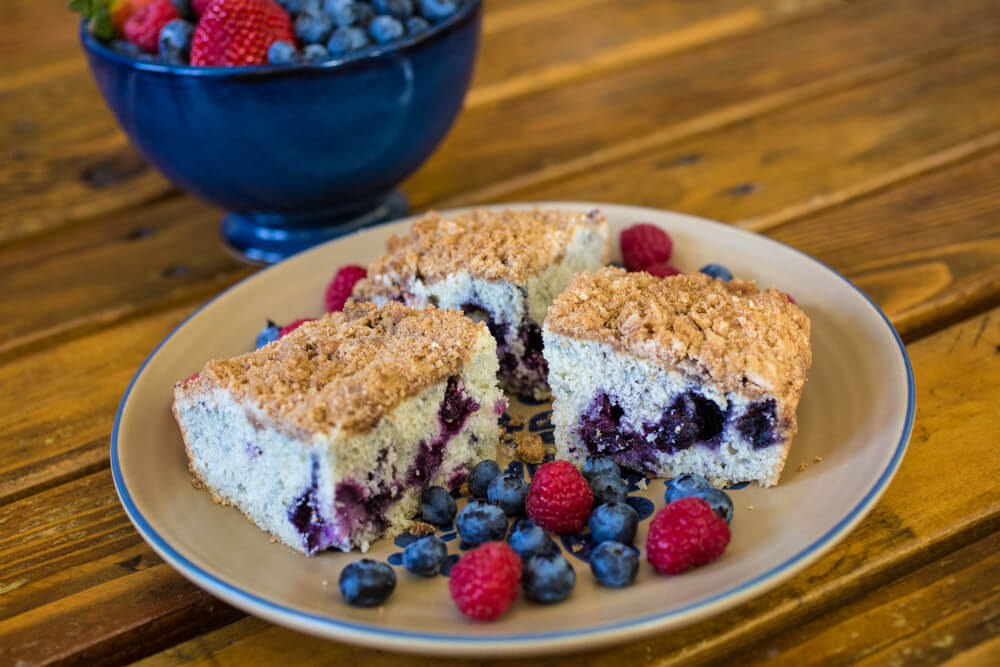 breakfast with Oregon berry coffee cake