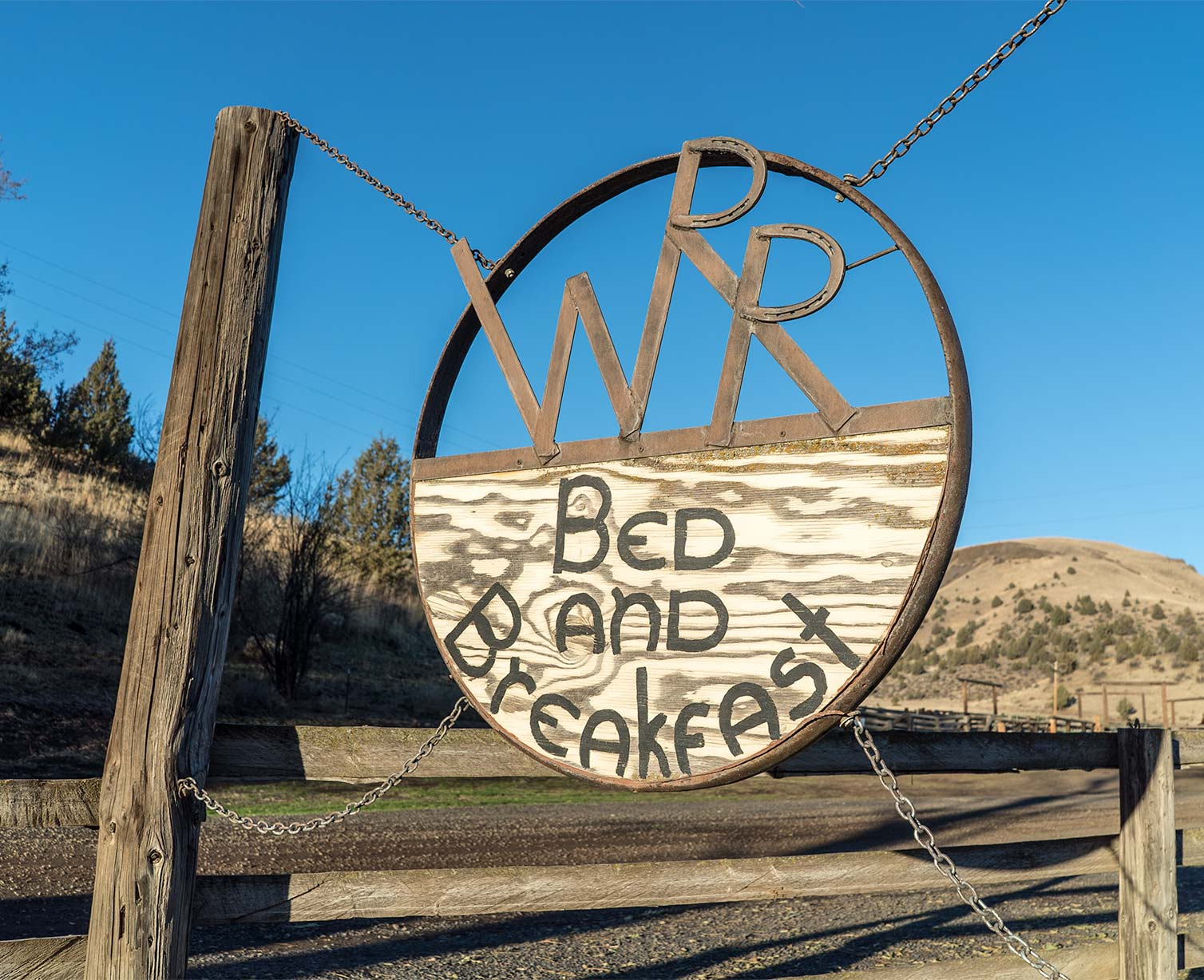 WIlson Ranches Retreat Bed and Breakfast sign