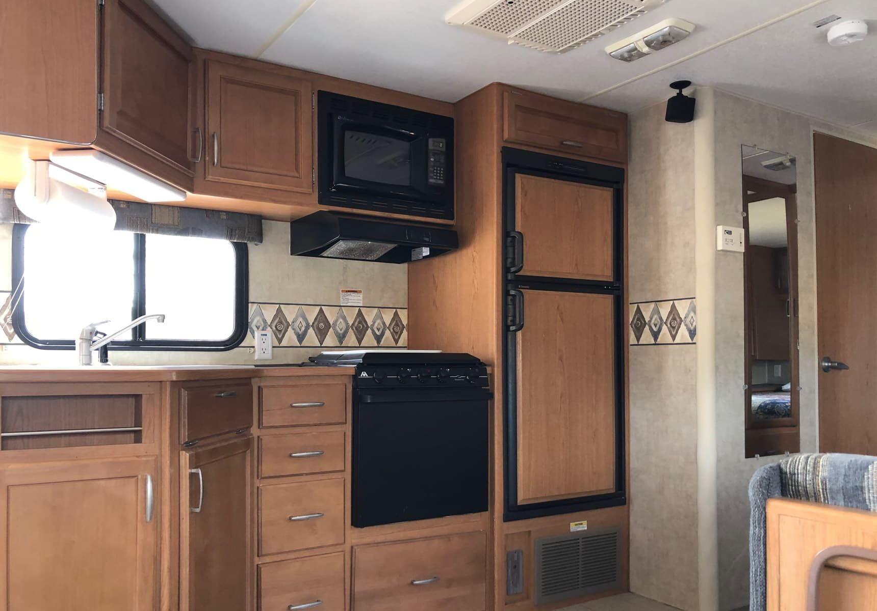 Complete kitchen in the travel trailer